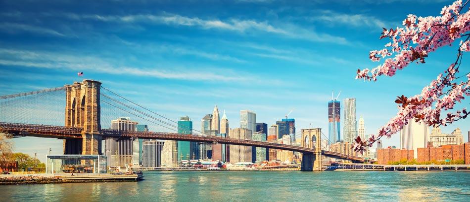 Brooklyn Bridge und Manhattan